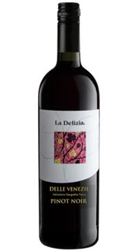 A product image for La Delizia Pinot Noir