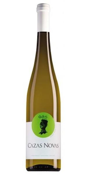 A product image for Cazas Novas Vinho Verde